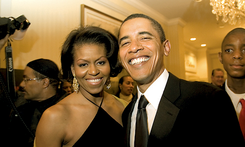 barack_and_michelle_obama_smiling