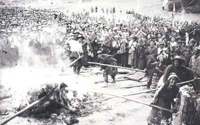 chinese invade tibet